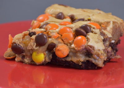 Reeses pieces gooey butter cake